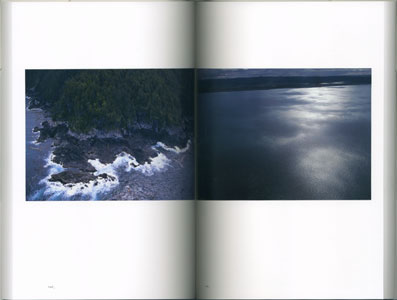 The Myth AKASAKA TOMOAKI PHOTOGRAPHS in ALASKA CANADA | 1996‐2006 赤阪友昭写真集[image3]